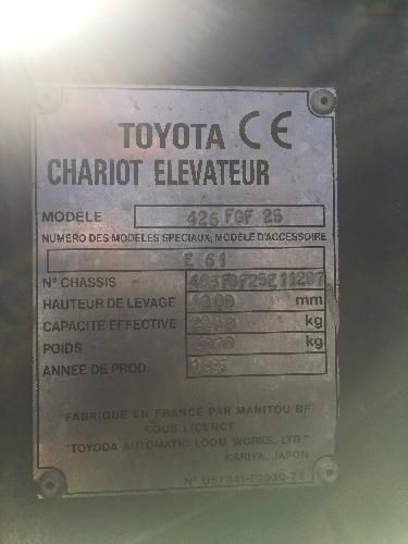 Chariot frontal gazl d'occasion TOYOTA 2,5 T 0881